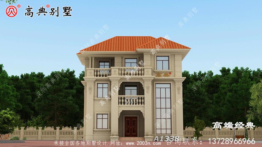 合理的配色和多面窗的设计与田园风景非常和谐